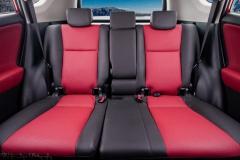 Toyota RAV4(6) bordo