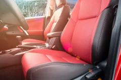 Toyota RAV4(7) bordo